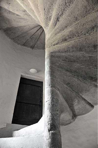 Escalier à vis de la tour