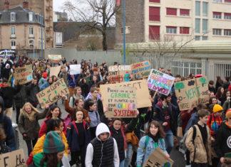 Manifestation pour le climat à Rodez