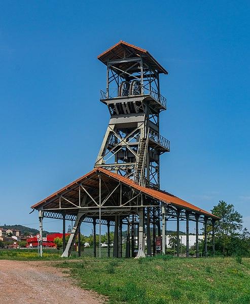 pa12000077 chevalement puits mine decouverte